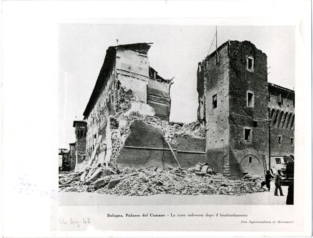 bombardamenti-1943-Palazzo-Accursio
