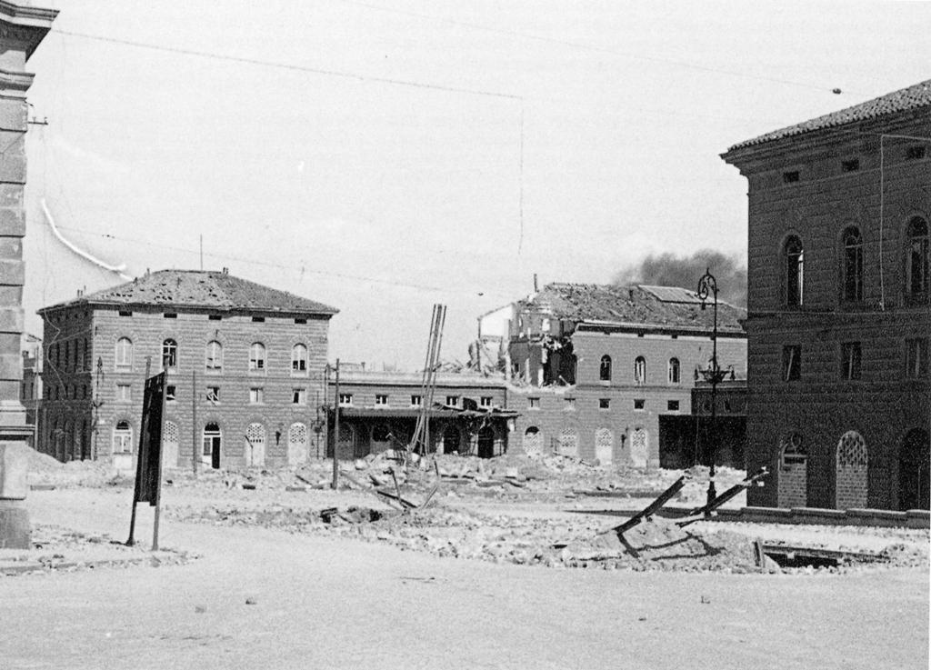 bombardamenti-stazione-bologna