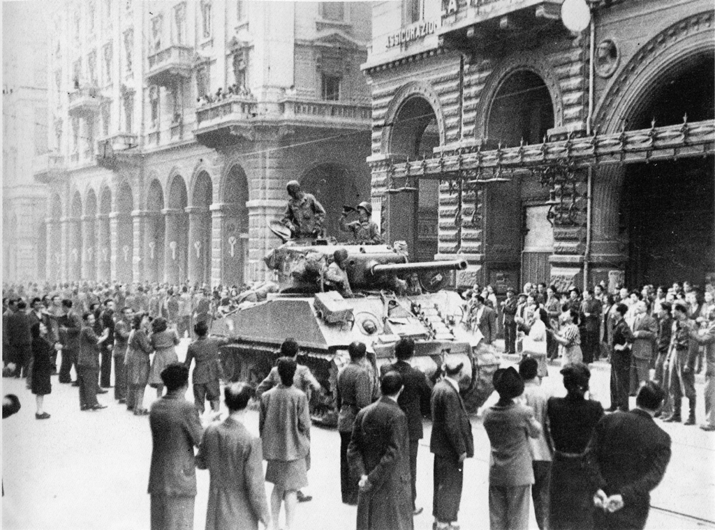 via-rizzoli-bologna-aprile-1945