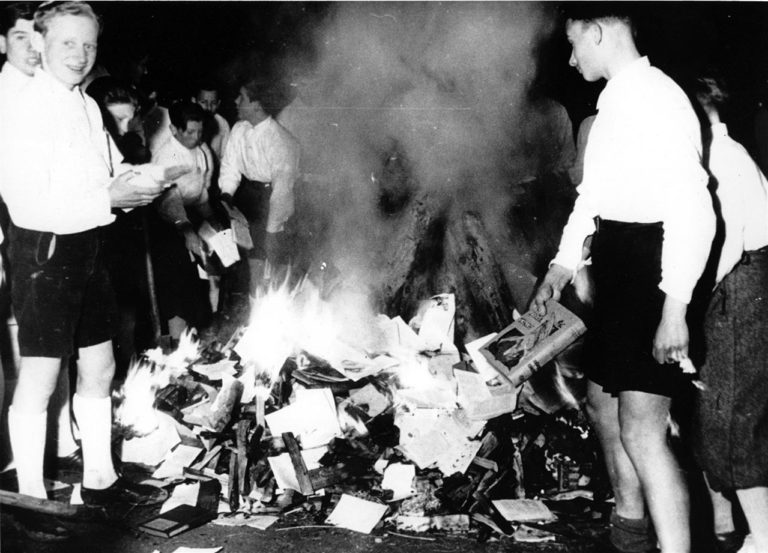 10 maggio 1933: il rogo dei libri di Berlino